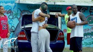 El Nene La Amenaza 'Amenazzy' Ft. La Manta - Los Mismos Tenis (Video Official)