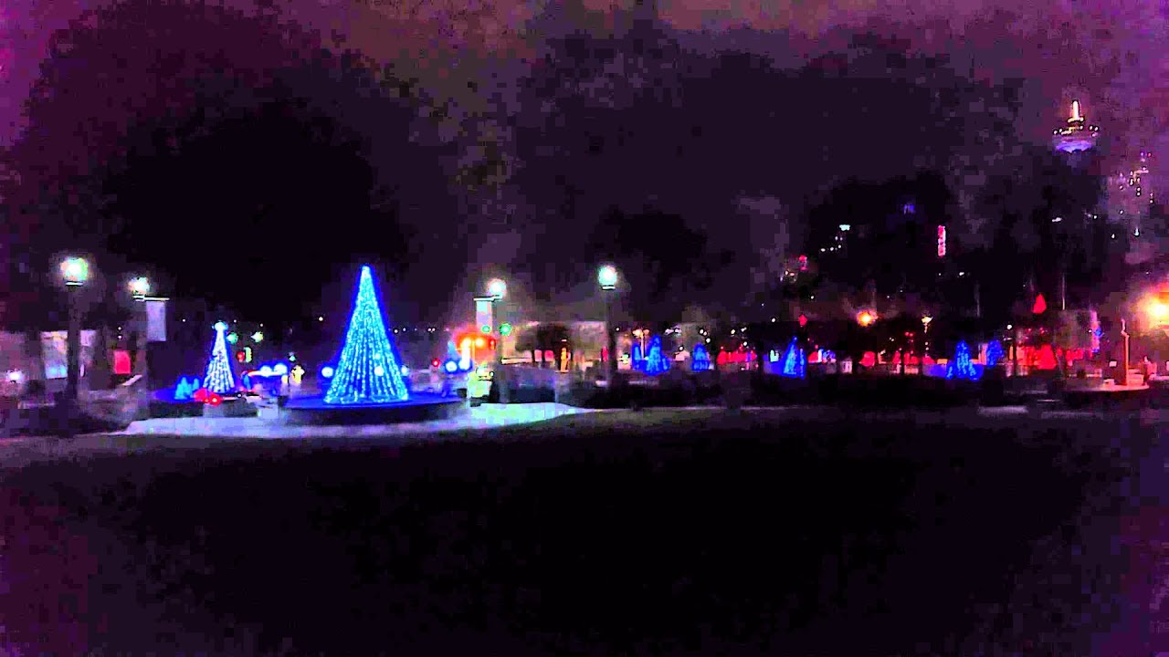Niagara Falls Christmas Lights Canada - YouTube