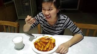 Nấu món Tteokbokki bánh  gạo cay Hàn Quốc 😋😋,Washington