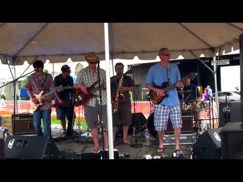 Newton Crosby Live at The Soupstock Stage - Shelton, CT 2013-06-08 t03