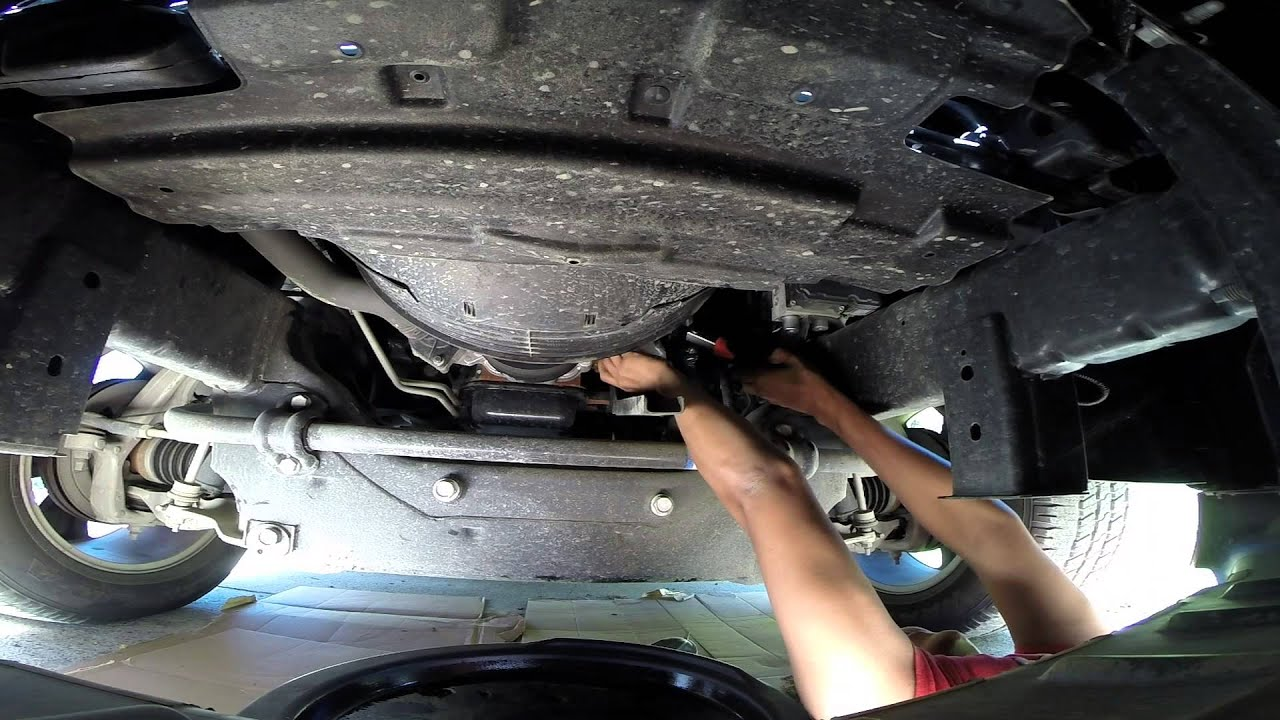 Diy Oil Change 2013 Ram 1500 Youtube