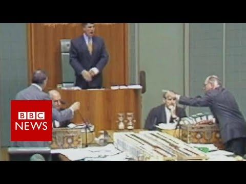 The liveliest politics: Australia or UK? - BBC News