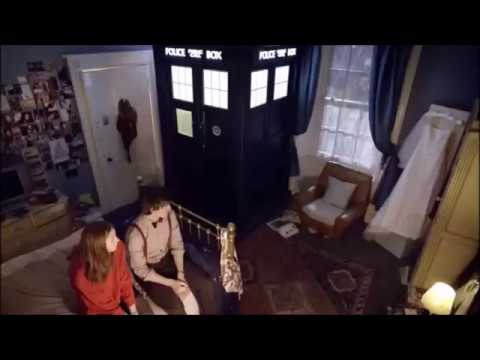 Doctor Who Flesh And Stone The Doctor And Amy Kiss Youtube
