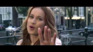 Kristína - Rozchodový reggaeton (Oficiálny videoklip)