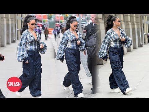 rihanna-shows-of-90's-inspired-outfit-|-daily-celebrity-news-|-splash-tv