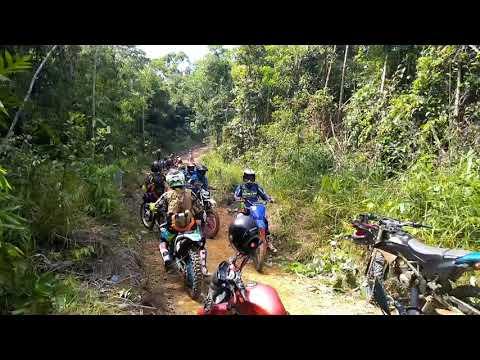Main Lumpur Trabas 403 Kota Sanggau