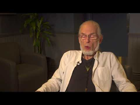 Topographic Drama - Steve Howe Q&A 4/8 & And You And I (live excerpt)