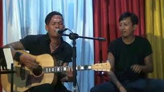 Download Lagu meplesiran, lolot live acoustic mp3