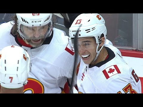 10/14/17 Condensed Game: Flames @ Canucks