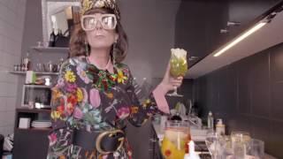 Mademoiselle Agnès est La Femme Gucci 2017 -  Habillé(e)s pour... (Extrait)