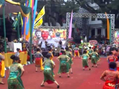 Mask Dancing II in Malang Culture Carnival 2015