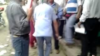 ECTV NOTICIAS - LUCIO GUTIÉRREZ AGREDE A CIUDADANO EN PUERTO QUITO