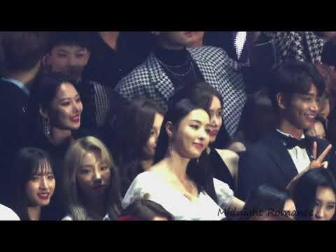 Yoona & Suzy Moment @ Asia Artist Award 2018