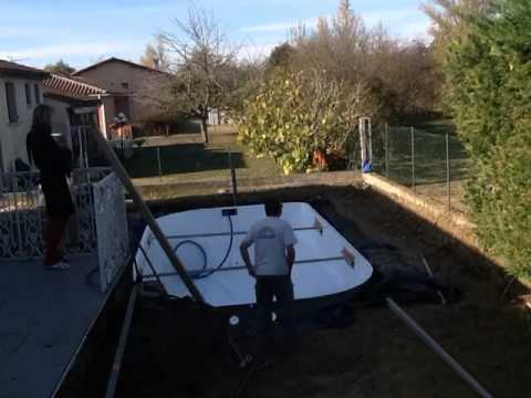 2e jour de construction en time lapse de notre piscine for Construction piscine desjoyaux youtube