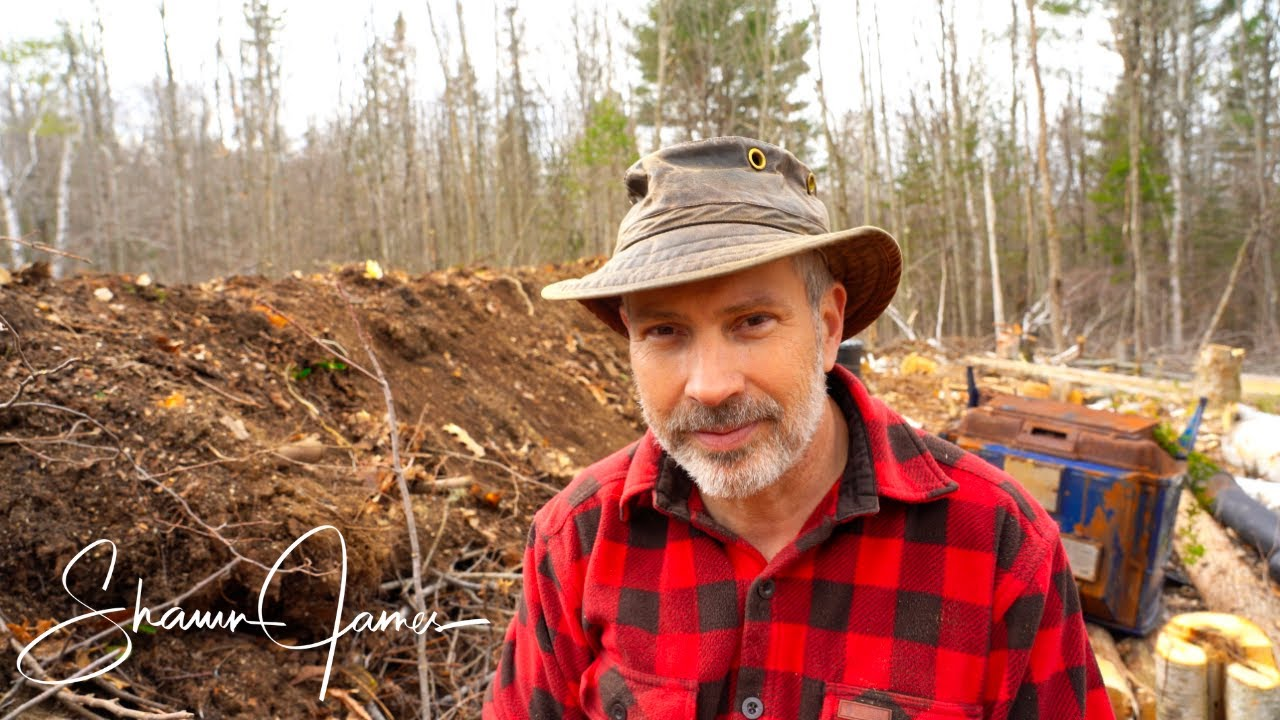 Building a Hugelkultur Mound | Step One in Creating a Permaculture Food Forest