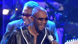 """Isaac Hayes performs """"Shaft"""" at the 2002 Rock & Roll Hall of Fame Induction Ceremony"""