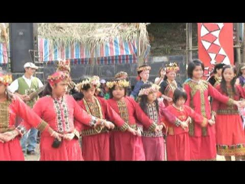 魯凱族傳統競技活動-聯歡舞