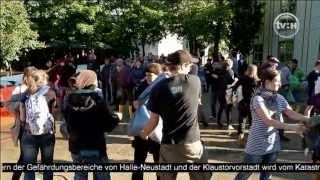 Hochwasser in Halle: Hunderte Helfer kämpfen um die Deiche ..Teil 2