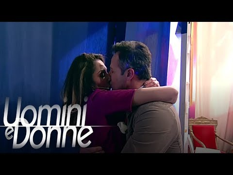 Uomini e Donne, Trono Over - Il bacio tra Ida e Riccardo