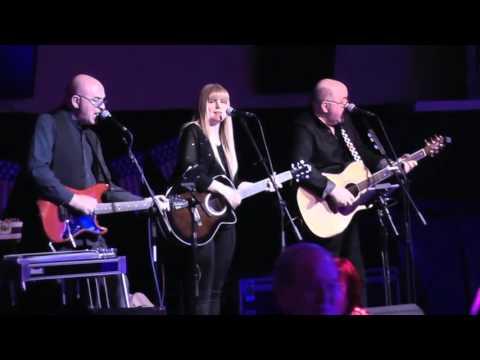 WESTON'S TRIO COUNTRY ARTISTES SINGING