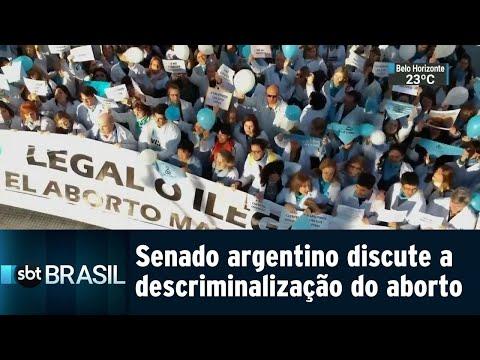 Senado argentino inicia discussão sobre descriminalização do aborto | SBT Brasil (08/08/18)
