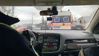 З місця події: Як столичні водії реагують на «швидку»