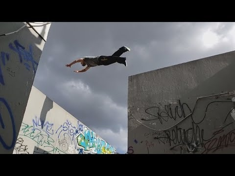 Extreme Parkour And Freerunning  - NO LIMITS