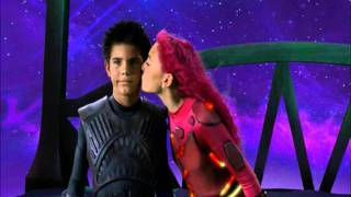 Lavagirl kisses Sharkboy (HQ)
