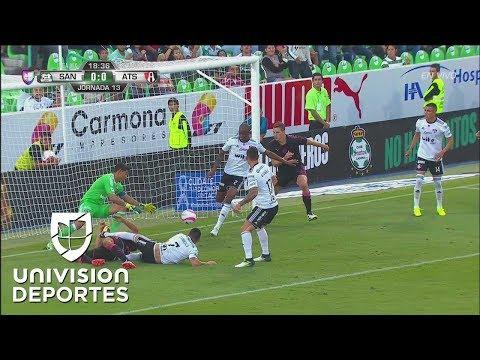 Otra vez Atlas se salva sobre la línea de gol, Jaine Barreiro despeja apuradamente