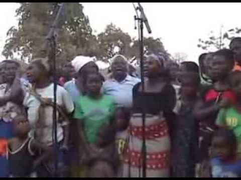 Mao (Traditional Zambian dance) - [by Amayenge]