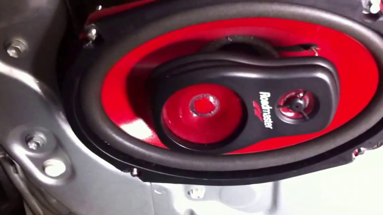 Replacing Side Door Speakers Using 6x9 On 02 Carmy LE