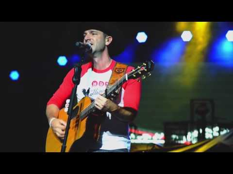 Craig Campbell - Outskirts Of Heaven (Live)