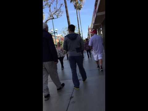 SPOTTED! Robert Downey Jr. at Third Street Promenade, Santa Monica, California. 03/31/2015