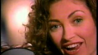 Flirt commercial - Rebecca Gayheart