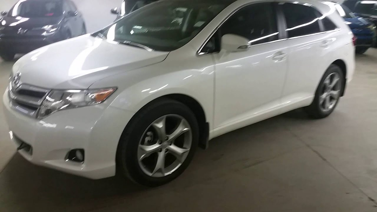 2016 Toyota Venza V6 AWD XLE model in Blizzard pearl Detailed Review