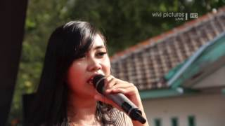 Video LIVE DANGDUT-X-P0ZZ-NGELALI-NILA NADA-ANARKIS COMMUNITY-WIVI PICTURES download MP3, 3GP, MP4, WEBM, AVI, FLV Oktober 2017