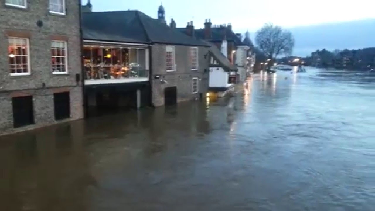 york floods video footage december 2015