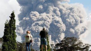Hawaii volcano: Kilauea explosion ash cloud reaches up to 10,000 feet