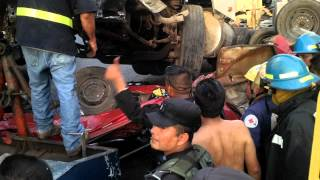Cruz Roja Salvadoreña Santa Ana Atiende Accidente de Tránsito. Gasolinera Texaco.