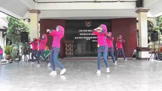vuclip Juara 1 Senam Rekreasi Perwosi Jawa Timur II