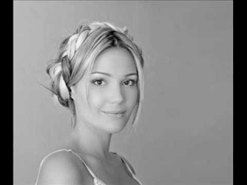 Lena Kovačević - Dobar Dan Za Pevanje