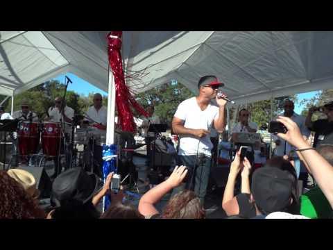 Michael Stuart Estar Enamorado at Puerto Rican Festival
