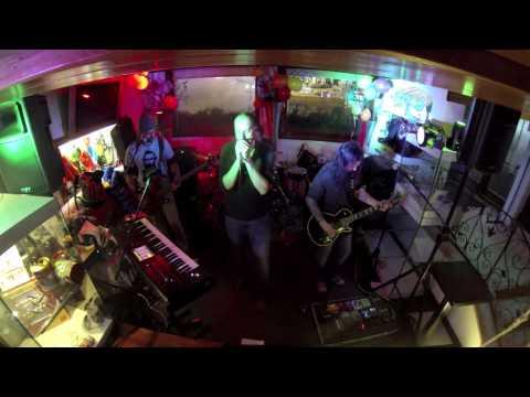 Phaith - How many bullets (live)