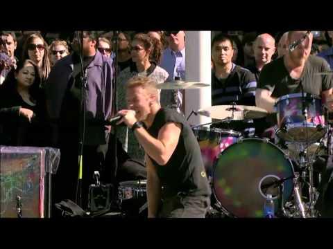 Coldplay - Every Teardrop Is A Waterfall (Live) @ Apple Steve Jobs Memorial