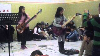 torete by milan SMS BABY BAND