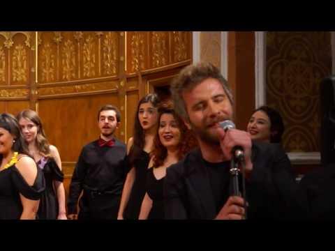 Hey Jude | Solo: Özgür Çevik, Kadıköy Yeldeğirmeni, İstanbul (The Beatles)