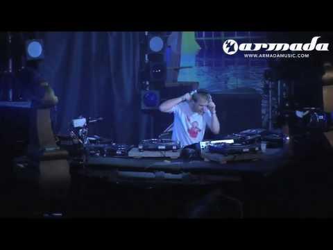 Armin van Buuren - Control Freak (Sander van Doorn) (Armin Only 2005)