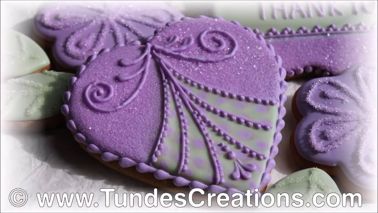 Purple heart cookie with TruColor natural food coloring - YouTube