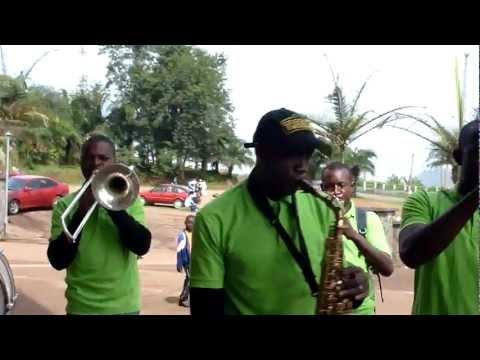 Dia de Casamento em Yaoundé - Samedi (Sábado)