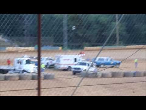 Heat and Feature Race at Tyler County Speedway on July 23, 2016